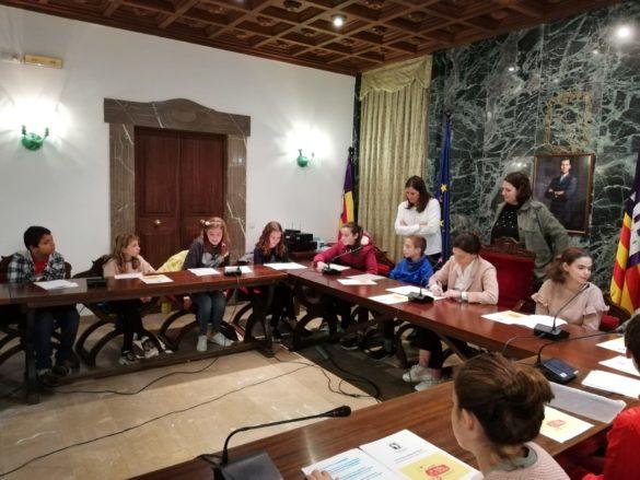 #CamposPetit: el primer plenari infantil pel Dia Mundial de la Infància