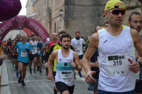 """La cursa """"8 i mig"""" corr la seva cinquena edició"""